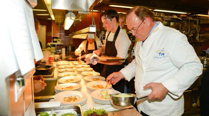 Eine Legende der deutschen Küchenherrlichkeit. Heinz Winkler wird 70