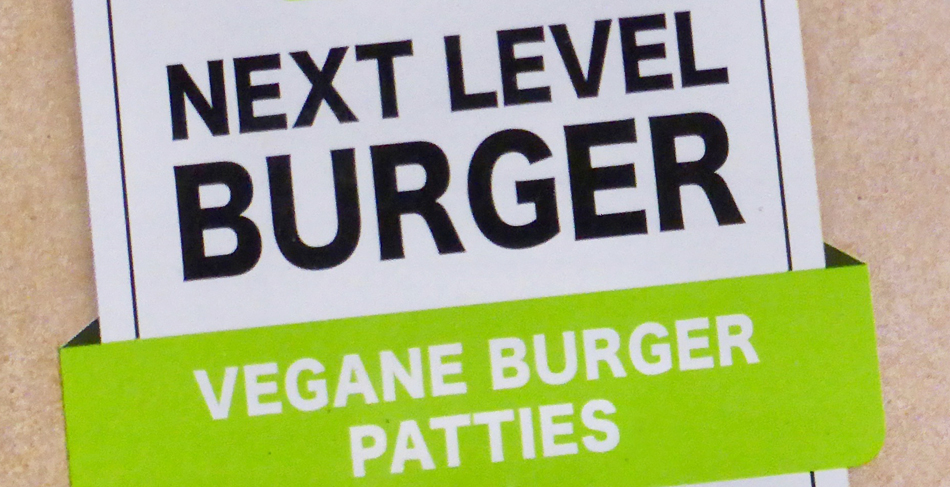 Hätte man auch Sägemehl nehmen können? ALDI und LIDL scheitern mit ihrem Versuch, vegane Burger herzustellen